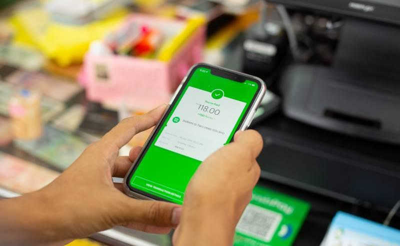 Making e-Wallet payments with GrabPay